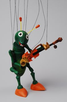 Violinist marionette
