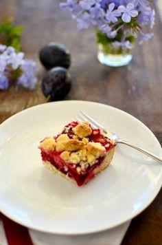 """German Kaffeetrinken treat ---Zwetschgenkuchen (Italian prune plum cake) - """"stroy-sel not stroo-sel"""""""