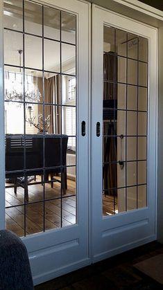 En suite deuren landelijk New Homes, Sweet Home, Decor, Door Inspiration, English Cottage Style, House, Partition Door, English Country Decor, French Doors Interior