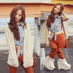 Topshop Beige Chunky Cardigan, H Tan Pants, Gowigasa Floral Cropped Top, Decimal Shoes Beige Heels