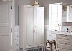Kuvahaun tulos haulle vanhanajan kylpyhuone Tall Cabinet Storage, Toilet, Bathroom, Furniture, Home Decor, Style, Ideas, Washroom, Swag