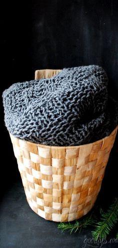 schnelle Decke aus 20er Nadeln und 600g Wolle