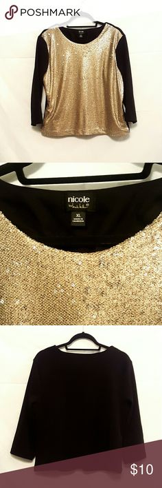 Nicole sequin top BNWOT  Nicole by Nicole Miller gold sequin top Size XL Never worn Nicole by Nicole Miller Tops