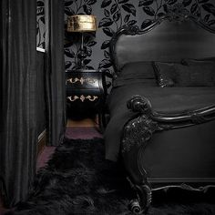 Black on black #decor #bedroom #gothic