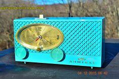POWDER BLUE Mid Century Fleur-De-50s Vintage Atomic Age 1959 Admiral Y3359 Tube AM Radio Clock Alarm Works!