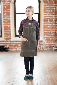 No. 325 Artisan Apron in Olive Waxed Canvas & by ArtifactBag. The front is too high and it's easy enough to make yourself. The straps and back show great use of cotton tape.