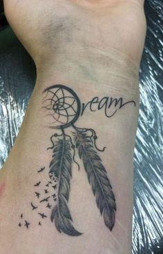 Tattoo Wrist For Women Dream Catchers 28 New Ideas – foot tattoos for women Cute Tattoos On Wrist, Foot Tattoos For Women, Cool Tattoos For Guys, Sleeve Tattoos For Women, Trendy Tattoos, Forearm Tattoos, Unique Tattoos, Dream Catcher Wrist Tattoo, Dream Catcher Tattoo Design