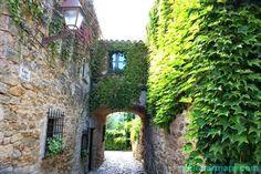 Peratallada. Pueblos con encanto. Pueblo medieval. Baix Empordà. Escapada rural. Costa Brava. Girona. Lugares con encanto. www.caucharmant.com