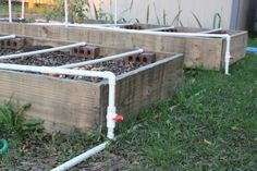 15 Creative Pvc Pipe Projects For Your Yard And Garden Garden inside Garden Irrigation Ideas Raised Vegetable Gardens, Vegetable Garden Planning, Vegetable Gardening, Pvc Pipe Projects, Garden Projects, Garden Watering System, Watering Raised Garden Beds, Inside Garden, Building A Raised Garden