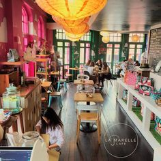10 Halal Cafes For Your Hipster Cafe-Hopping Adventures in Bugis, Singapore
