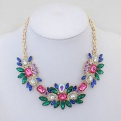 Match-Right Women Statement Necklace New Arrival Link Chain Necklace Fashion Choker Necklace Flower pendants Jewelry Trends Jewelry Tree, Fashion Jewelry Necklaces, Fashion Necklace, Pendant Jewelry, Diy Jewelry, Pendant Necklace, Beaded Necklaces, Rhinestone Choker, Necklace Display