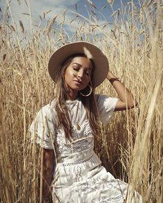 28 ideas fashion photography poses outdoors photoshoot for 2019