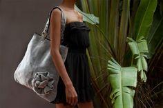 CACHE Hand Bag
