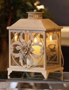 Ilusate nikerdustega latern ᘡℓvᘠ□☆□ ❉ღϠ□☆□ ₡ღ✻↞❁✦彡●⊱❊⊰✦❁ ڿڰۣ❁ ℓα-ℓα-ℓα вσηηє νιє ♡༺✿༻♡·✳︎· ❀‿ ❀ ·✳︎· FR DEC 2016 ✨ gυяυ ✤ॐ ✧⚜✧ ❦♥⭐♢∘❃♦♡❊ нανє α ηι¢є ∂αу ❊ღ༺✿༻✨♥♫ ~*~ ♪♕✫❁✦⊱❊⊰●彡✦❁↠ ஜℓvஜ Romance Decor, Lantern Candle Holders, Lantern Lamp, Lanterns, Lanterns Decor, Candlelight, Lantern Lights, White Candles, Vintage Lanterns