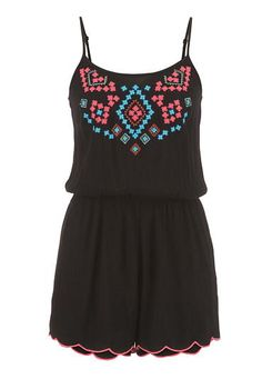 romper with embroide