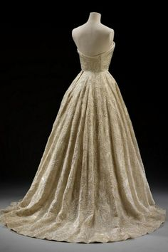 Silk Evening Gown.1955. House of Givenchy.