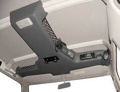Check this out! I quite am keen on this color scheme for this Custom Car Interior, Truck Interior, Vw Lt 4x4, Pajero, Mercedes Vito, Tactical Truck, Jeep Wj, Car Console, Truck Storage