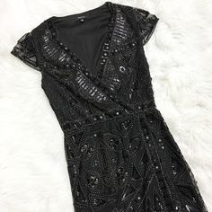 Midnight Kiss  :::Dance the Night away into the New Year  Daisy Dress ($62)  . For immediate assistance or to ORDER call☎️701-356-5080 (We Ship& Hold)  #apricotlanefargo #apricotlane #fargo #nd #nye #sparkle #dress #boutique #nyedress #nyeoutfit #newyearseve #artdeco #fashion #trendy