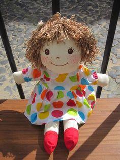 100% algodão.Feitoà mão.    Tamanho: 40 cm.    Portes de envioincluídos para Portugal.    Rag dolls. 100% cotton. Handmade.