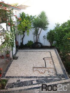 Exclusive design of the portuguese pavement in private housing, Santarém, Portugal