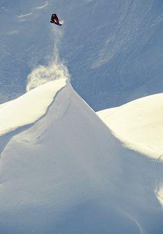 #snowboard #liftoff #airtime Do you appreciate shredding motivation? Click here http://www.liferich.co