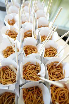 Una barra de noodles que tus invitados nunca olvidarán #LambúEventos