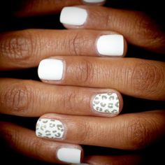 Snow leopard nails, would also look cute with gray or silver on the other fingers, in place of white (which I find chips super easy). Get Nails, Fancy Nails, Love Nails, How To Do Nails, Pretty Nails, Hair And Nails, Style Nails, Leopard Nails, White Nails