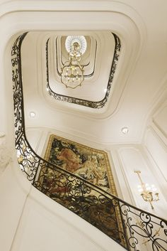 The majestic, winding grand staircase.