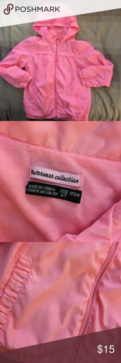 Zara girls neon pink windbreaker Adorable lightweight Zara girls windbreaker in neon pink. No tears. A few extremely faint stains which are pictured in the close up of the sleeve and front near pocket. Perfect for the playground. Zara Jackets & Coats Raincoats