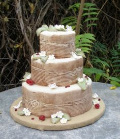 another faux bois wedding cake