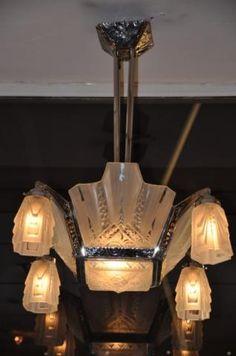 Muller Freres Luneville chandelier. 1930. achille-antiquites.com