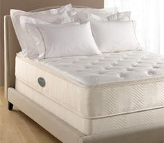 The Westin Heavenly Bed® Queen: Mattress and Foundation Set. Slept on this mattress in Hawaii. Westin Heavenly Bed, Bedroom Colors, Bedroom Decor, Bed Mattress, Queen Mattress, Master Bedroom Makeover, Beds For Sale, New Beds, Sweet Home