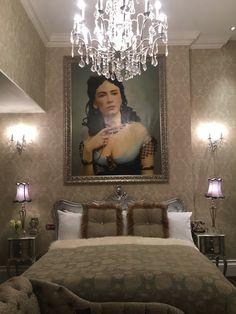 Cora Pearl Suite