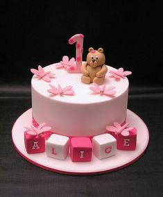 I Love The Idea Of A Small Cake For The Birthday Girl Definitely - 1st birthday cake girl