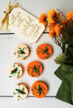 chocolate dipped oreo pumpkin patch cookies #cookies #fallrecipes #falldesserts #holidaydesserts #holidaydessert #falldessertideas #oreo