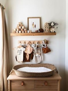 Must Have Baby Items - Fin & Vince - - Baby and nursery, Baby Bedding, Nursery Decor, Baby Bunting, Home Decor Gifts - Kinderzimmer - Baby Room Ideas Baby Bedroom, Baby Boy Rooms, Baby Room Decor, Kids Bedroom, Nursery Decor, Room Baby, Nursery Room, Small Baby Nursery, Ikea Baby Nursery