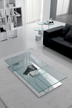 modern, contemporary, designer, italian mirrored glass/glass coffee table by cattelan italia. stunning italian coffee table by cattelan italia in extra light clear glass with mirrored glass base. Modern Glass Coffee Table, Home Coffee Tables, Coffe Table, Glass Table, Glass Furniture, Table Furniture, Modern Furniture, Furniture Design, Sofa Table Design