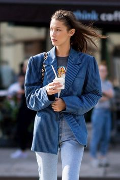 Bella Hadid Outfits, Bella Hadid Style, Look Fashion, Fashion Models, Fashion Outfits, Winter Outfits, Casual Outfits, Cute Outfits, Look Star