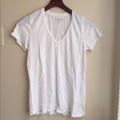 Off White V-Neck Tee Everlane off-white v-neck tee. 100% cotton. Everlane Tops Tees - Short Sleeve