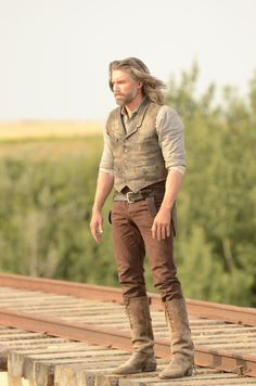 "And the award for ""sexiest man in desperate need of a shower"" goes to.........ANSON MOUNT!!!"