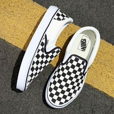 ✔ Cute Shoes For School Vans mundorosa Vans Shoes Fashion, Vans Shoes Women, Dr Shoes, Hype Shoes, Girls Shoes, Best Vans Shoes, Vans Vault, Cute Vans, Shoes For School