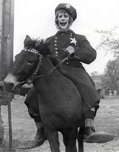 Wait, is this what the clowns look like on the Planet of the Apes? | 21 Vintage Clown Photos That Will Make Your Skin Crawl