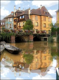 Absolutely sensational Chateau with beautiful reflections in the river