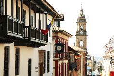 http://www.colombia.travel/es/images/stories/turistainternacional/Adondeir/bogota/candelaria2.jpg  Centro Historico la Candelaria-Bogotá. Colombia