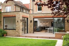 A handsome period house situated in South West London, Pier House benefited from a wide plan maximised from a single storey side return and rear extension. Brick Extension, House Extension Plans, Single Storey Extension, House Extension Design, Glass Extension, House Design, Extension Ideas, 1930s House Extension, Flat Roof Design