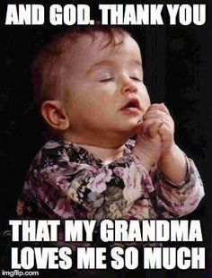 Ideas For Memes En Espanol Chistosos De Viernes Grandma And Grandpa, Grandma Gifts, Cute Quotes, Funny Quotes, Quotes About Grandchildren, Grandparents Raising Grandchildren, Grandmothers Love, Funny Babies, My Children