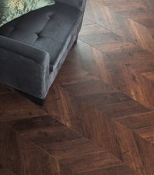 VINYL Amtico - Priory Oak Herringbone Pleat