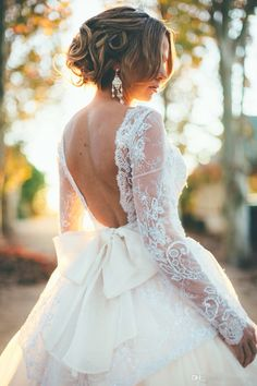 Love this!!!! Open back. Long sleeve. Lave. Tulle.
