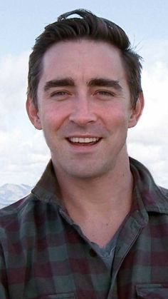 "Lee Pace Army on Twitter: ""LoveLEE Monday to everyone ツ Have a awesome Day & a good start into the new Week! #LeePace #TeamLeePace #Pacers https://t.co/QZxSDnFv8Q"""