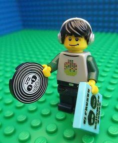 Lego Man, Lego Minifigs, Dinosaur Crafts, Preschool Crafts, Legos, Dj, Headphones, Album, City